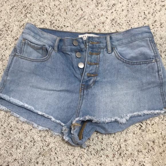 Bullhead Pants - High waisted short shorts
